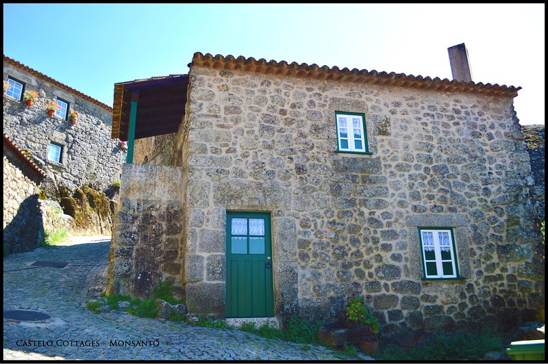 Castelo Cottages II, casa vacanza a Salvaterra do Extremo