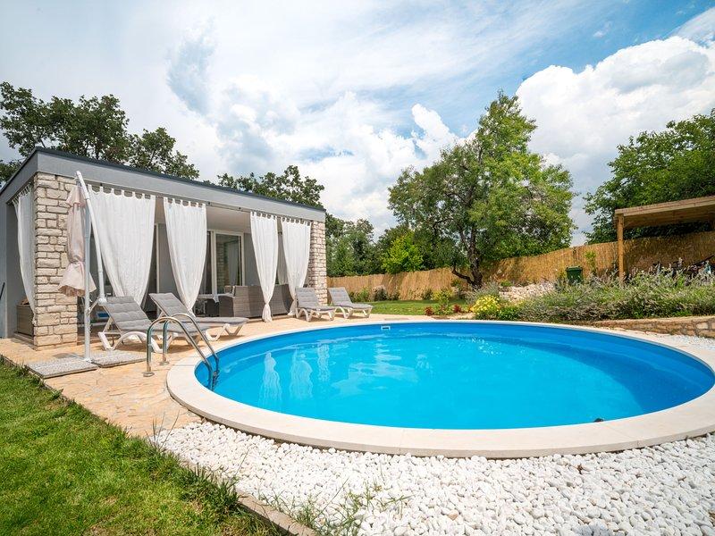 Ofelia, holiday rental in Radini