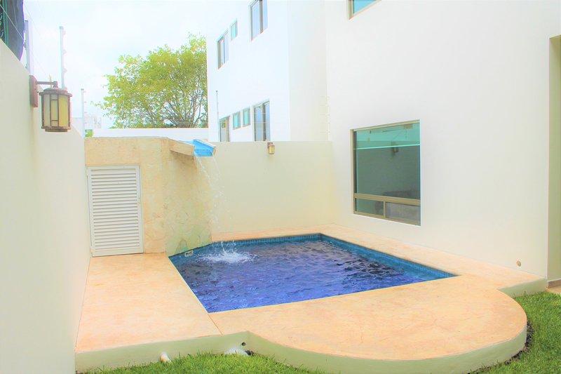 Belle maison à Cancun avec piscine privée.