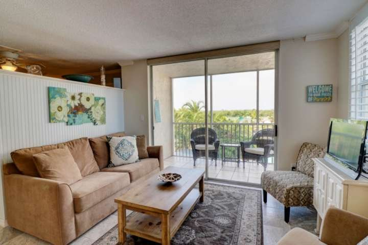 Fine Bonita Beach Condo Beach Directly Across The Street Free Andrewgaddart Wooden Chair Designs For Living Room Andrewgaddartcom