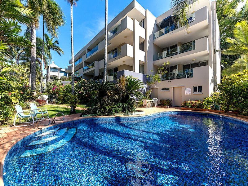 PARINGA 4*PALM COVE, vacation rental in Palm Cove
