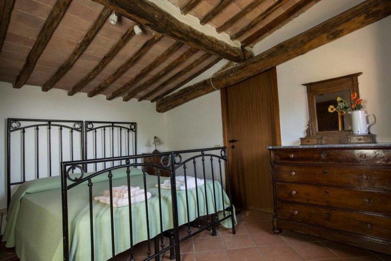 Borgo Villa Certano - Granaino, holiday rental in Volte Basse