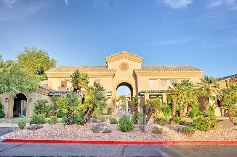 Pianifica la tua prossima vacanza a Phoenix in questo condominio per le vacanze a 2 letti e 2 bagni!