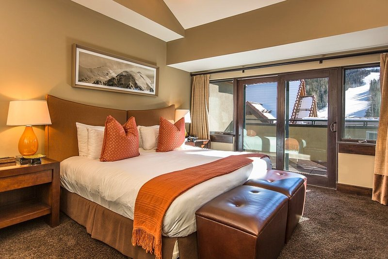 There are 5 bedrooms with a variety of bedding configurations in each.