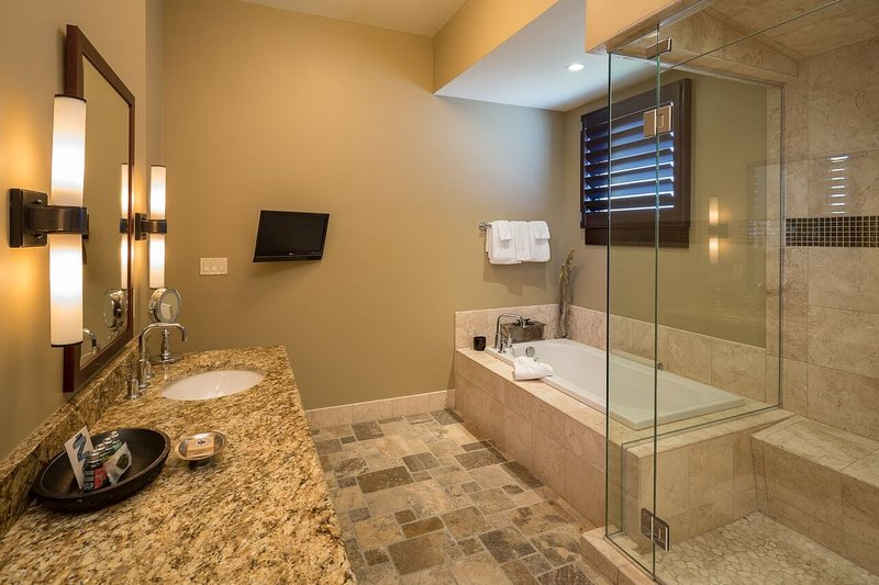 There's enough room for everyone with 5 bathrooms in the penthouse suite.