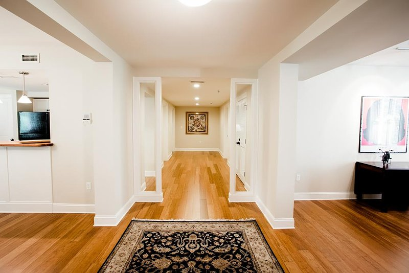 Entrance view and wood floor