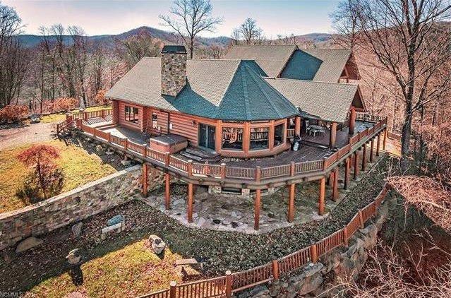 Belle Poplar Gap Lodge