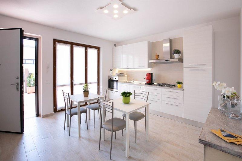 Appartamento Le Rime: villetta accogliente vicino al centro (2 camere, 2 bagni), location de vacances à Arezzo