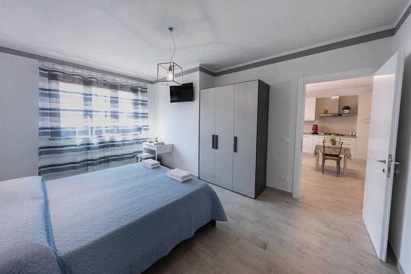 Le Rime: Camera con bagno interno e uso cucina, holiday rental in Tregozzano