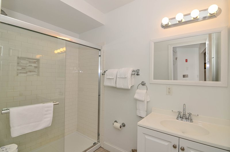 Shared bath on lower level