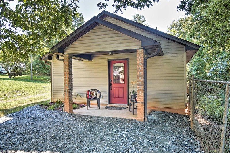 Questa casa accogliente è la base perfetta per la tua esplorazione del Nord Carolina.