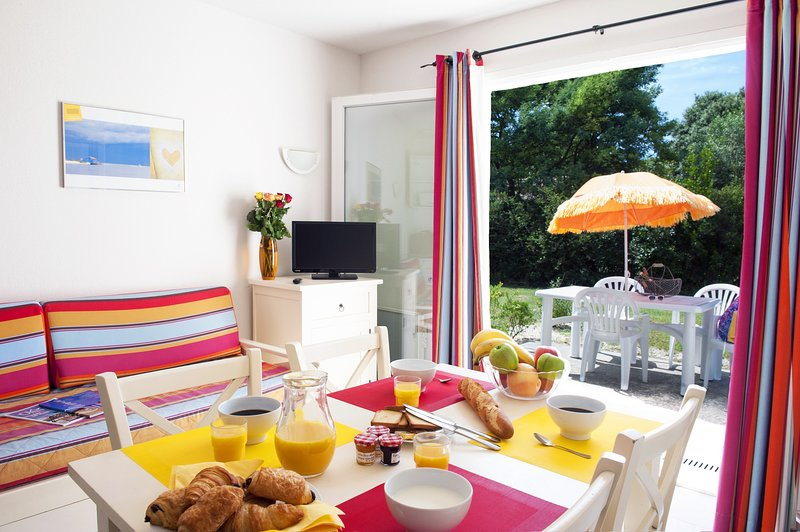 Welcome to our lovely 2 Bedroom House in Dolus d'Oléron!
