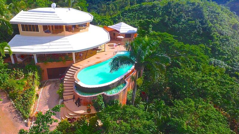 Villa Maguá, magnifique villa entre mer et montagne avec vue à couper le souffle, alquiler de vacaciones en República Dominicana