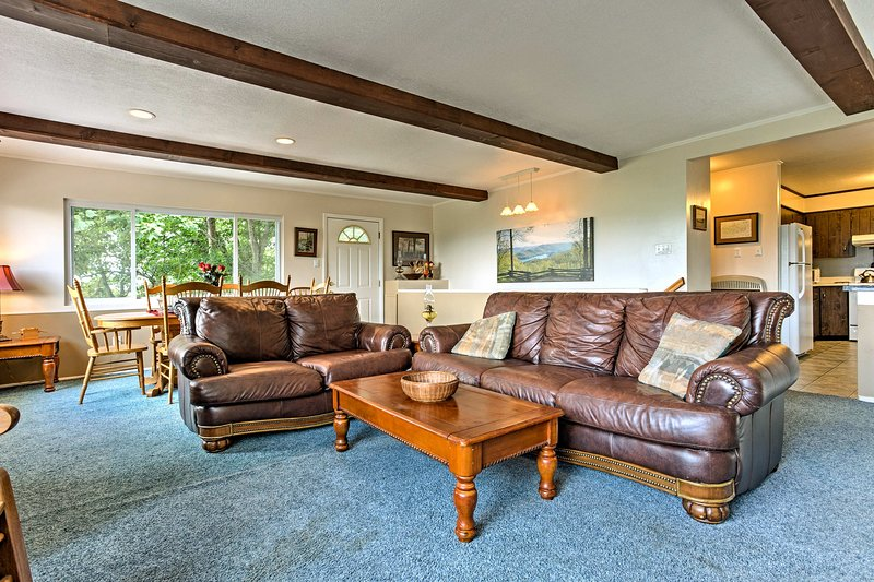 Rest your sore hiking legs on the leather couches.