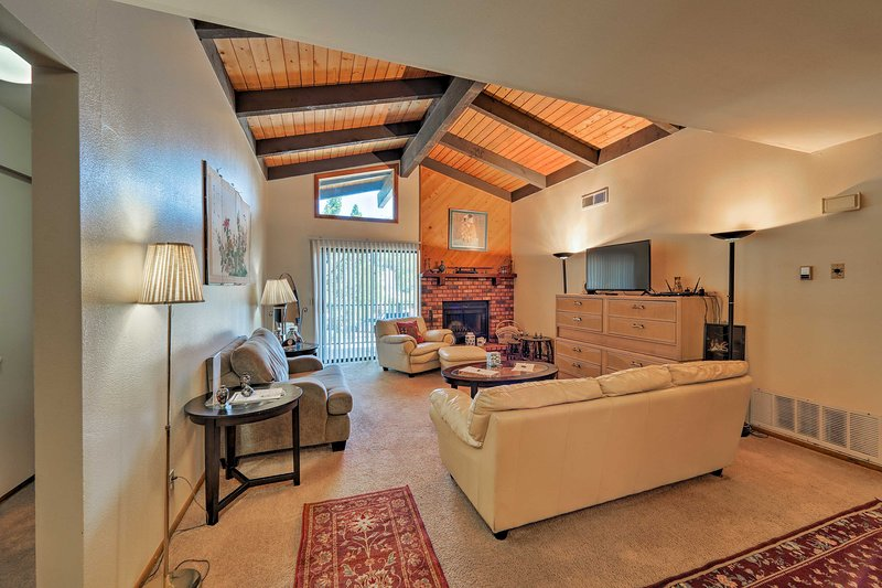 Call this cozy vacation rental apartment home when visiting Sedona!