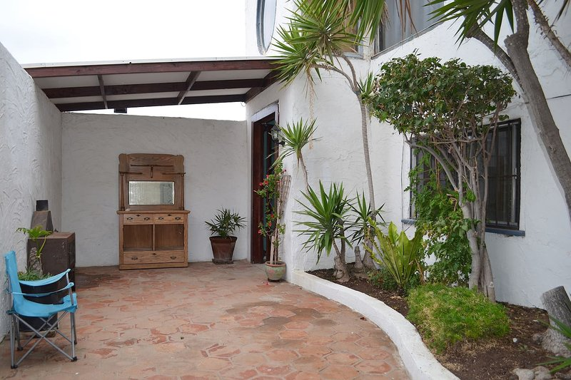 Ensenada / Valle de Guadalupe / Surf Beach A, holiday rental in Villa de Juarez