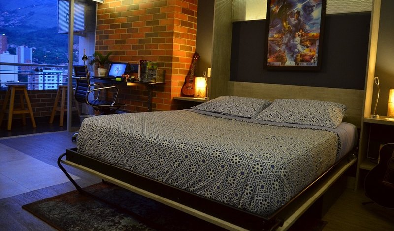 ✌Cozy bed in downtown ✌⚡Security 24h⚡, holiday rental in Medellin