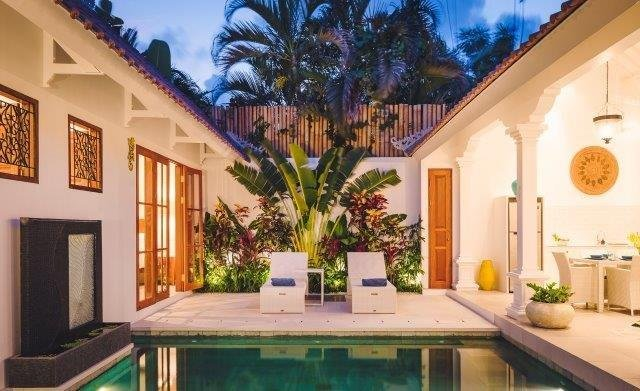 Villa Sintra Bali – luxurious, two bedroom, private oasis in Legian, aluguéis de temporada em Legian