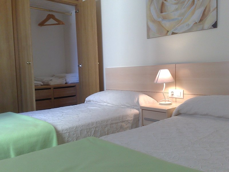 Apartamentos ra Ap Hotel Residencial Alcoy, holiday rental in Ibi