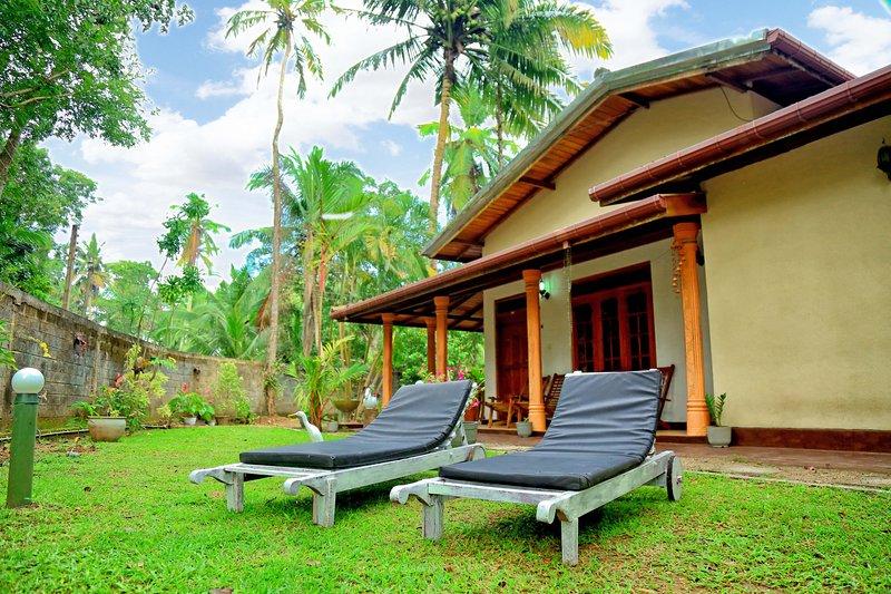 Kurulu Garden Guest House, holiday rental in Balapitiya