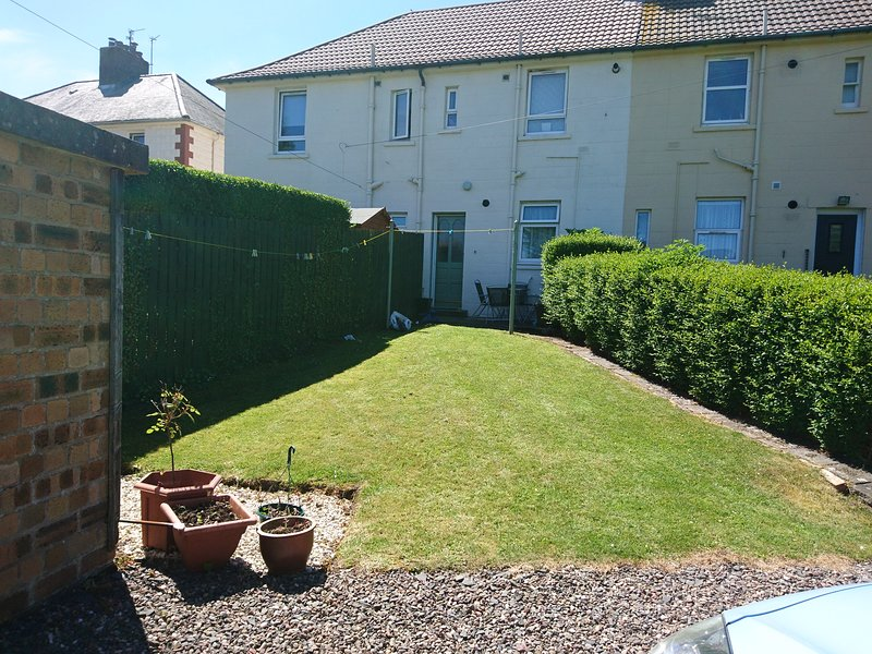 *Bookings being taken *Lovely garden apartment to rent St Andrews, holiday rental in Strathkinness