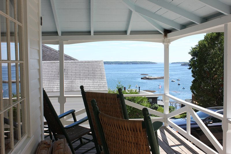 Bluewater Vista - Ocean Views, Dock Access, Tennis, Boothbay Harbor, holiday rental in South Bristol