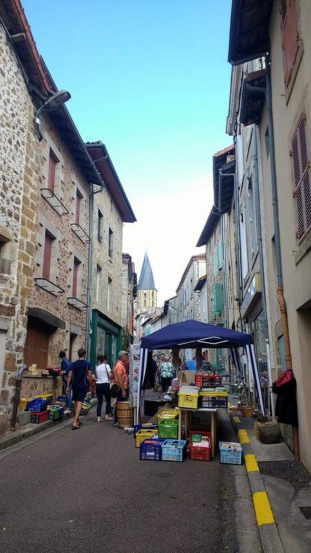 Regular street markets