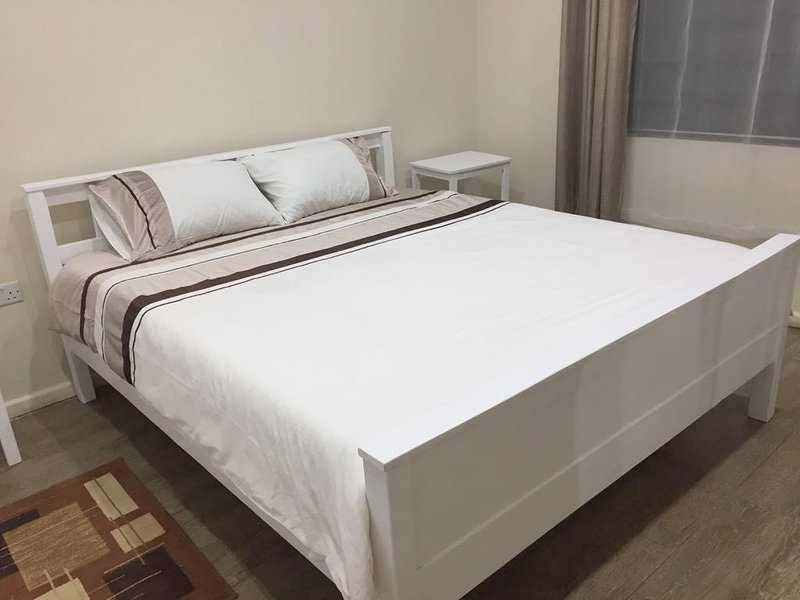 Mwaiseni Maisonettes - 2 bedroomed Self-catering Executive Apartment (A) – semesterbostad i Zambia