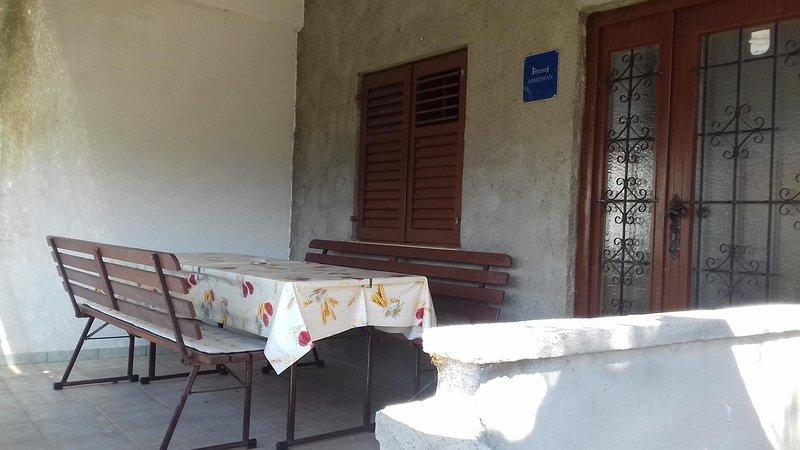 Blazevo Apartment Sleeps 6 - 5472288, holiday rental in Zuljana