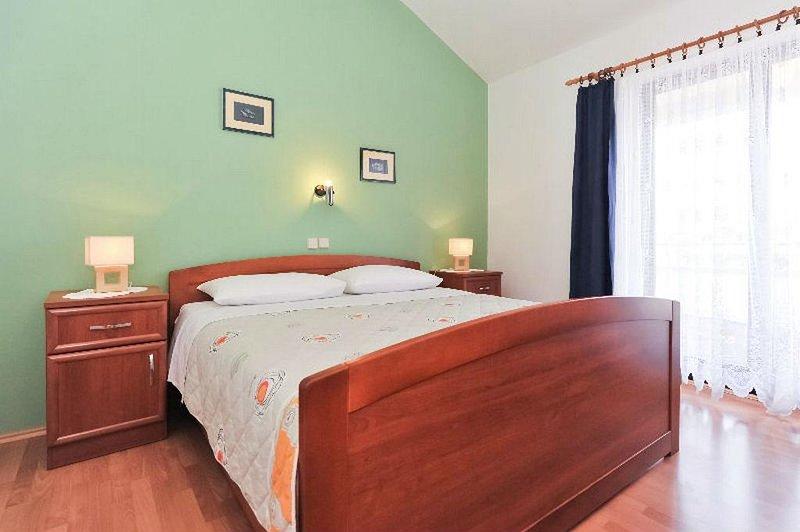 Dormitorio 1, superficie: 14 m²