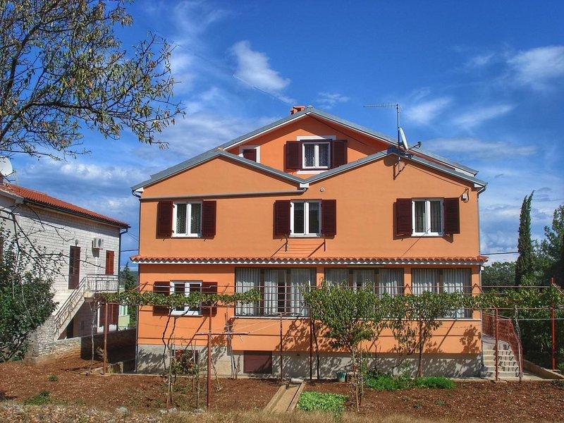 Nerezine Apartment Sleeps 4 with Air Con - 5586252, vacation rental in Nerezine
