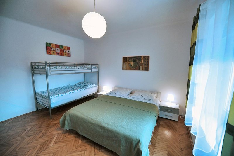 Bedroom 1, Surface: 24 m²