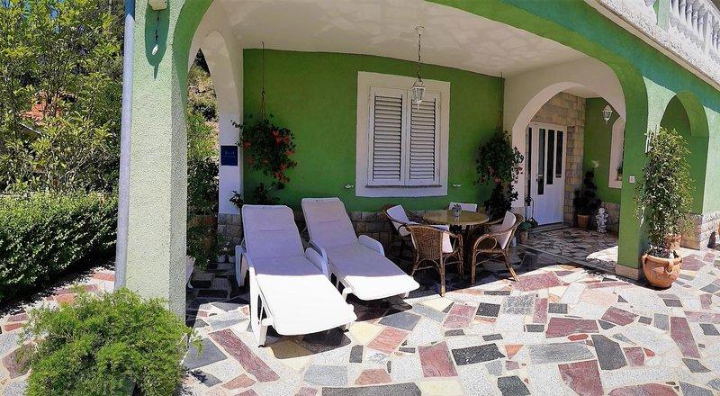 Terrace 1, Surface: 40 m²