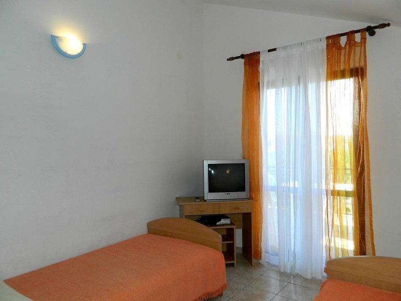 Dormitorio 2, superficie: 12 m²