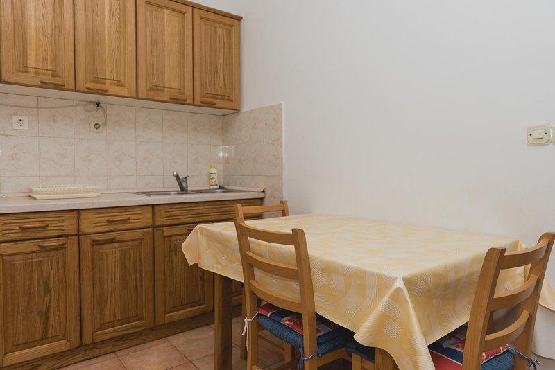 Comedor, Superficie: 6 m²