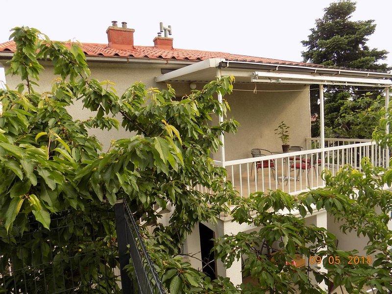 Two bedroom apartment Selce, Crikvenica (A-15244-a), aluguéis de temporada em Selce
