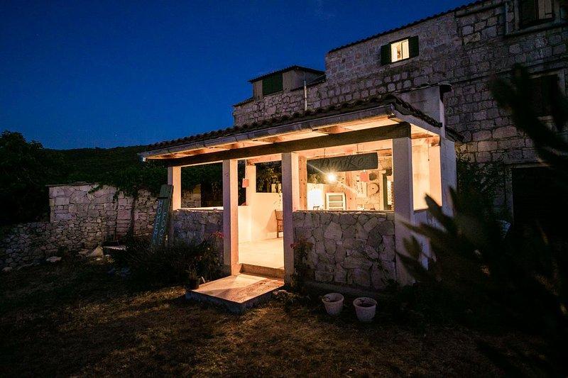 Two bedroom house Oključna, Vis (K-15283), holiday rental in Zena Glava