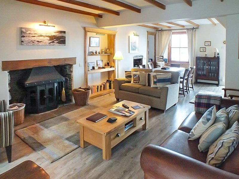 Sit down with the family and enjoy breakfast overlooking the River Fowey