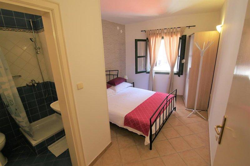Chambre 2, surface: 12 m²
