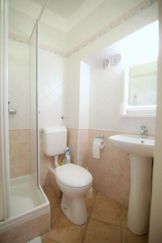 Salle de bain 1, Surface: 5 m²