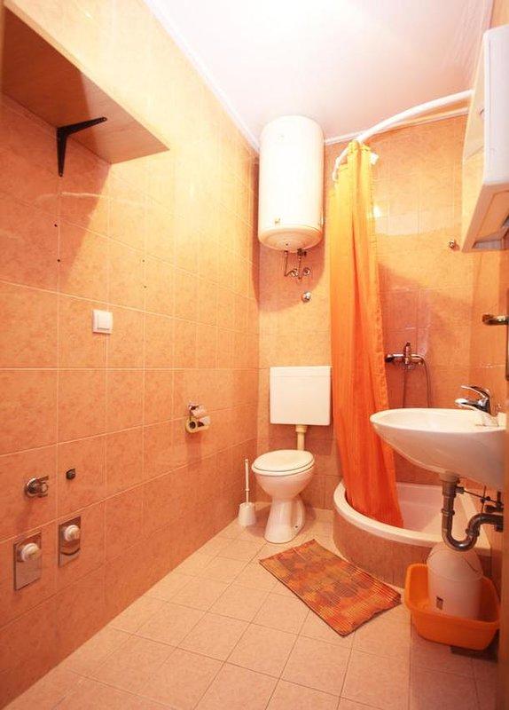 Salle de bain, Surface: 4 m²