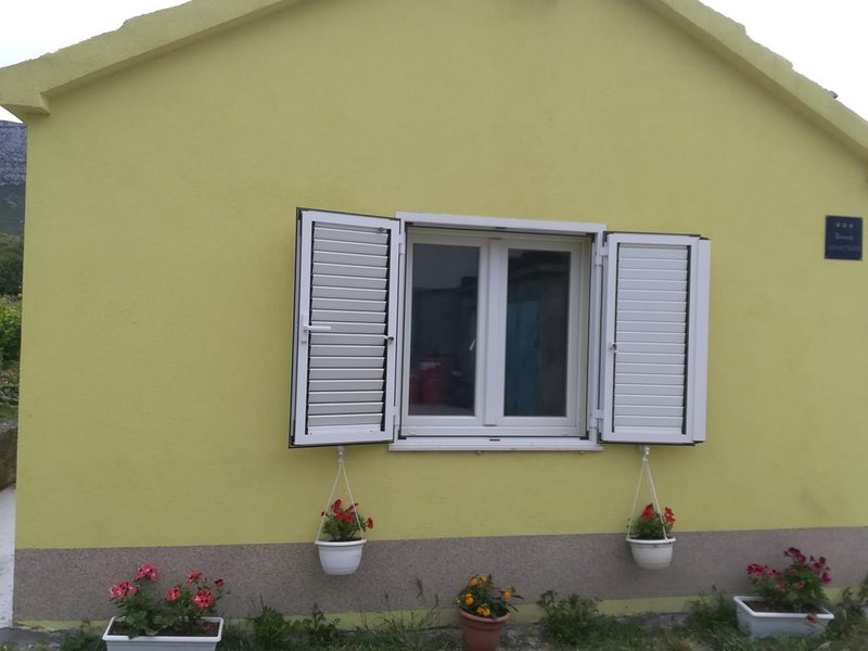 One bedroom apartment Kaštel Sućurac, Kaštela (A-15430-a), vacation rental in Vranjic