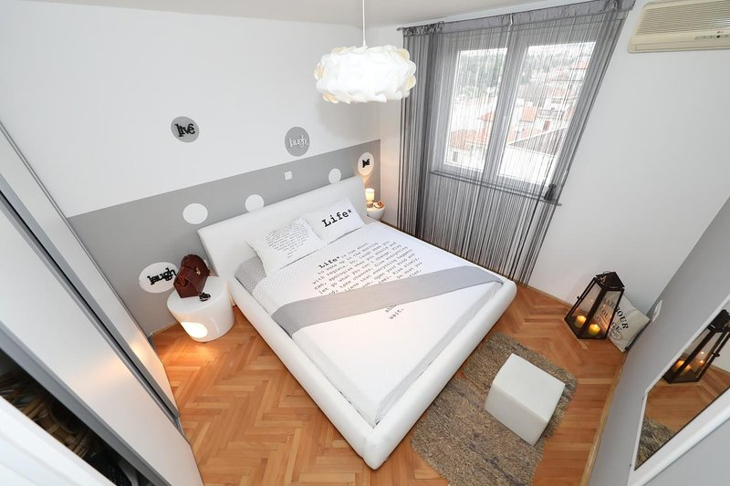 Bedroom 3, Surface: 15 m²
