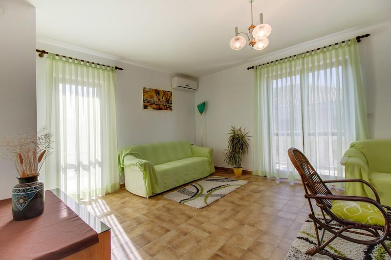 Living room, Surface: 20 m²