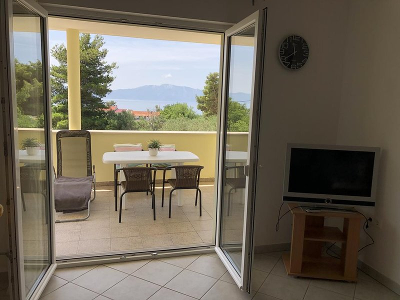 Zaostrog Apartment Sleeps 4 with Air Con - 5634608, location de vacances à Vrgorac