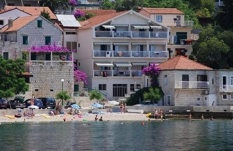 Studio flat Brist, Makarska (AS-15714-b), holiday rental in Brist