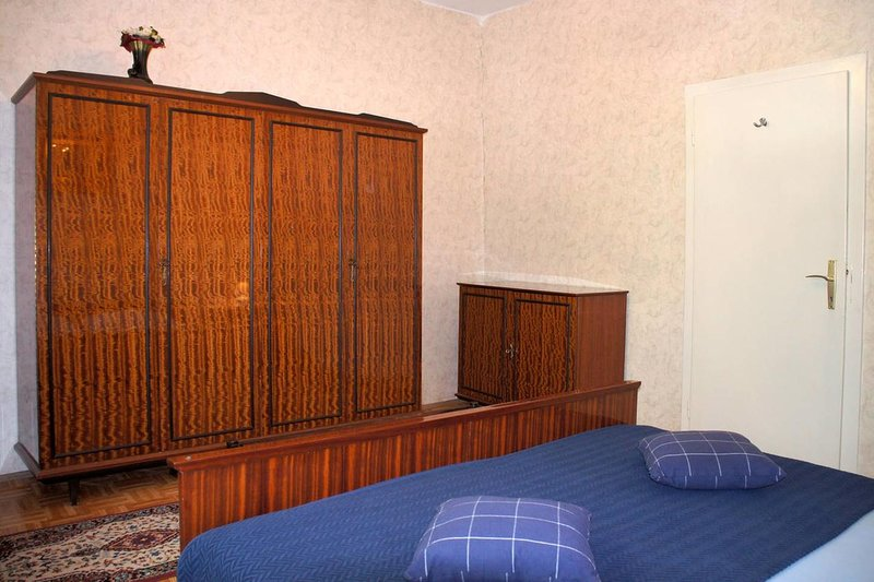 Bedroom 2, Surface: 15 m²