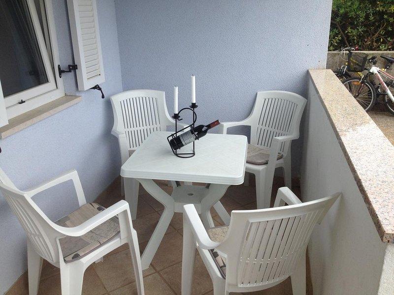 Mugeba Apartment Sleeps 4 with Air Con - 5637026, location de vacances à Fuskulin
