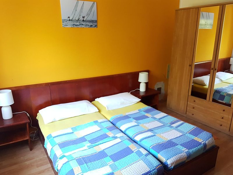 Two bedroom apartment Mali Lošinj, Lošinj (A-15858-a), location de vacances à Lošinj Island