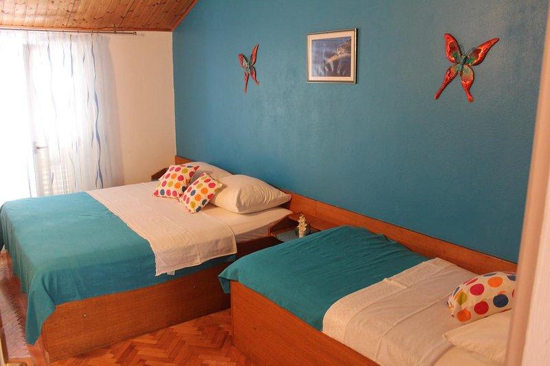Dormitorio, Superficie: 14 m²